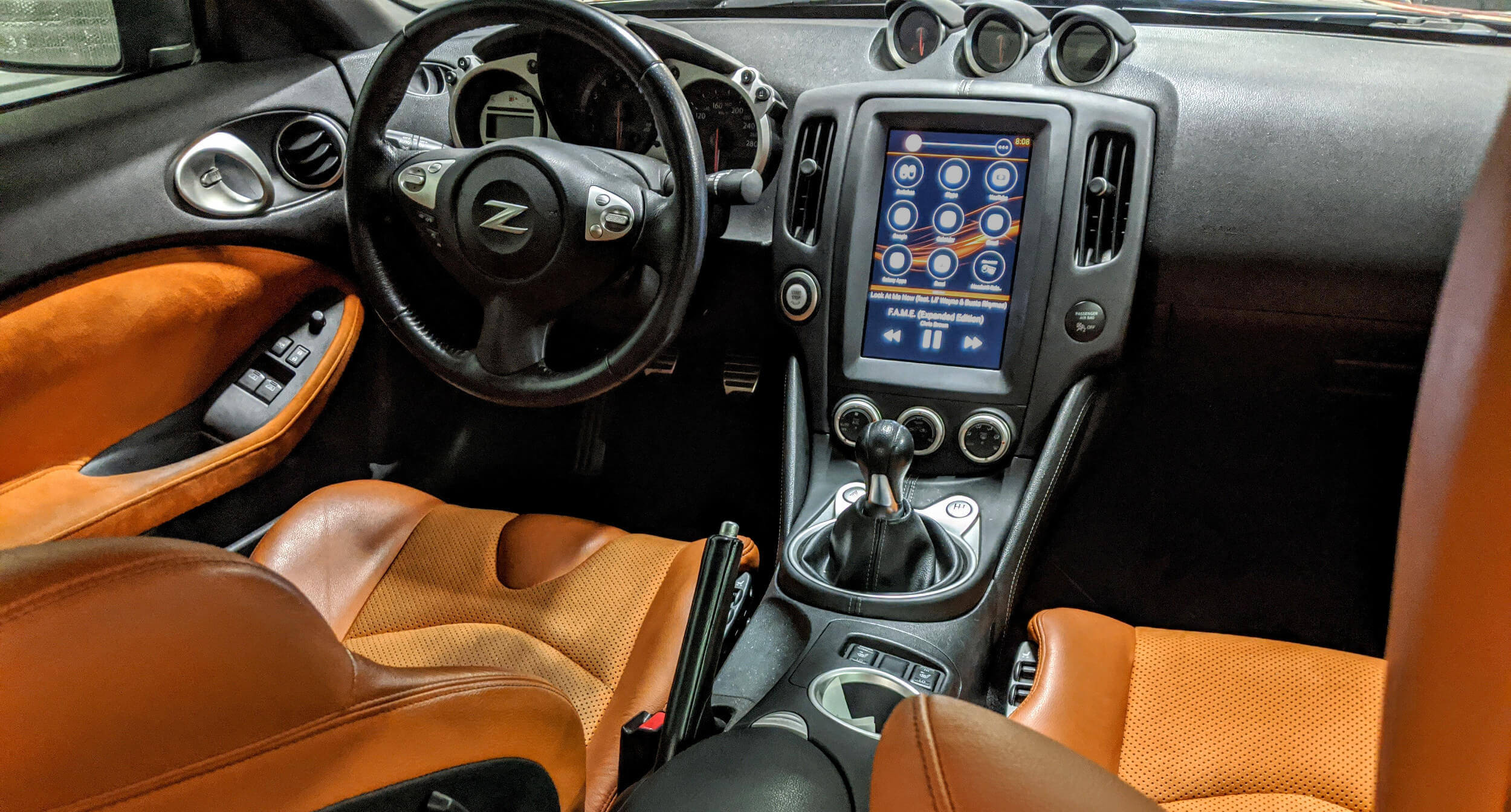 Nissan 370Z - Brainiac Tablet Kit